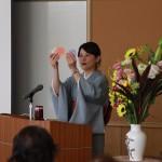 俳人土肥あき子さんの一茶記念館講座